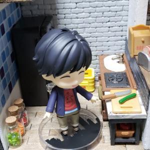 【ミニチュア小物】飾り棚とテーブルを作成