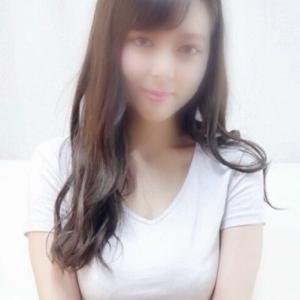 【池袋】ゆめか(19)10代なのに妖艶な色気を放つ小柄な美少女 とにかく美しく、魅力的な圧倒的ルックス