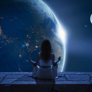 本当はとても簡単!宇宙の叡智につながる方法!