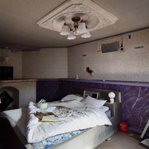 ホテル D ①