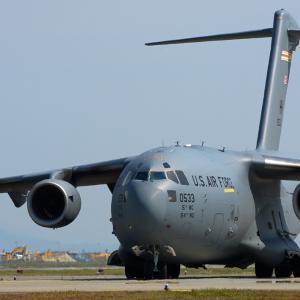 先遣隊到着との事!U.S.A.F C-17A ~新田原基地~