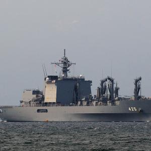 海上自衛隊 補給艦「ましゅう」