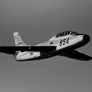 中等練習機 T-1 初鷹