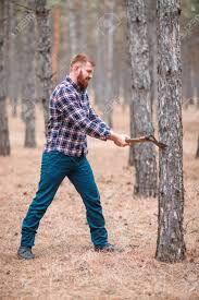 木こりとなる。