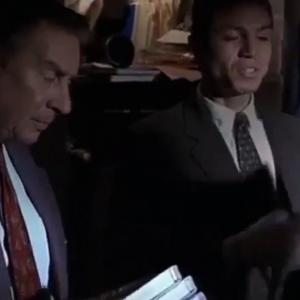 【犬猫動物動画まとめ】Law and Order - Se7 - Ep18 - Mad Dog HD Watch