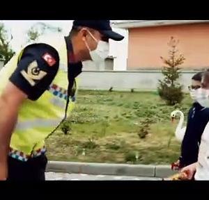 【犬猫動物動画まとめ】SİVAS - Jandarma Teşkilatı'nın kuruluşunun 182. yıl dönümüne özel klip
