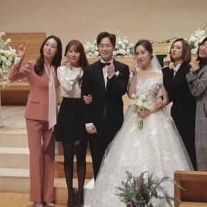 【画像5枚】ユン・ウネ、ファン・バウル&カン・ミヨン(元Baby V.O.X)の結婚式の写真を公開!