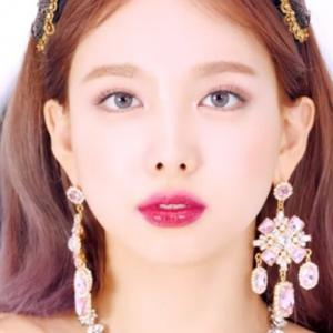 『TWICEナヨン』メンバーへの愛情&アイドルとしての苦悩を吐露!