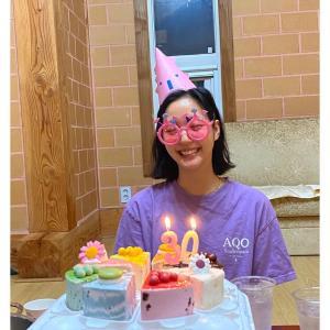 【画像4枚】女優『キム・ゴウン』本日7月2日誕生日の写真が届きました!