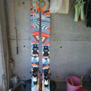 【ARMADA TSTw】激安で新しいスキー板買っちゃいました(^^♪