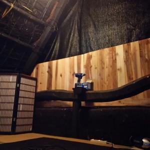 忍者部屋 片面の壁完成☆