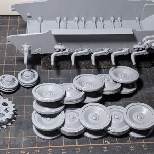 VK1602(2)足回りの組み立て