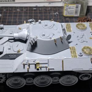 VK1602(8)砲塔と履帯