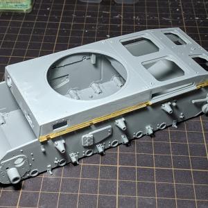III号N型(3)組み立て