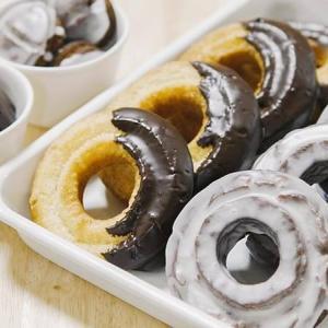 プレーンとココアの2味!オールドファッションドーナツのレシピ