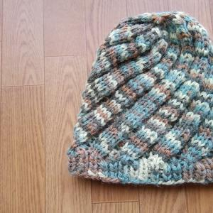 エストニアスパイラルの帽子