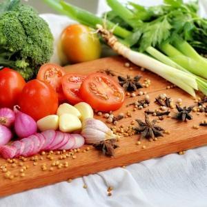 【ボロンとは?】エストロゲンの分泌を促しバストアップ?ボロンを多く含む食材3選
