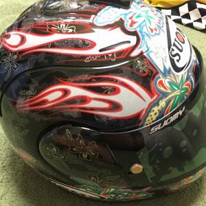 ヘルメットパーツ収集