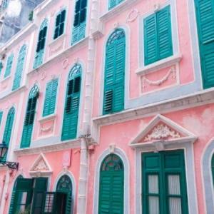 マカオ恋愛巷はピンク色が可愛い世界遺産地区のおすすめ撮影スポット