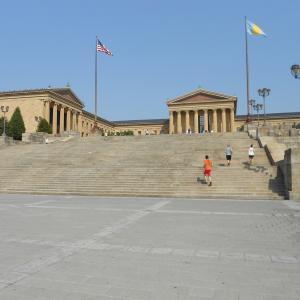 フィラデルフィア美術館でロッキー・・エイドリアン!と叫ぶか・・とニューヨーク