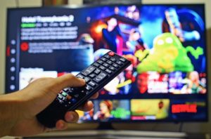 【FOD】無料視聴はデビットカード可能?支払い方法や注意点も解説!