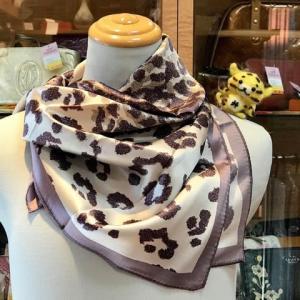 本日のお勧めはコーチのスカーフです♪福岡の質屋ハルマチ原町質店
