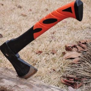 『初めての斧』にオススメ! PLOW(プラウ)の薪割り用 手斧レビュー