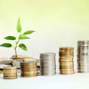 つみたてNISAでおすすめの投資先はアメリカ上場投資信託(ETF)の一択
