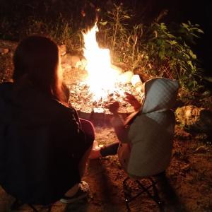 バーベキューと音楽と焚き火