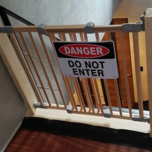 階段上ベビーゲートDIY