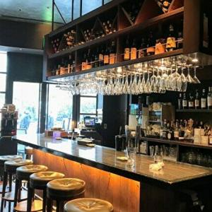 【b&r(赤坂)】雰囲気の良いバーでシガーやワインが楽しめます・*:【チケットレストラン食事券 利用可!】