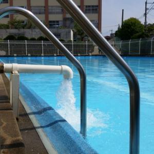 小学校水泳授業で必要な費用はいくら?相次ぐプール中止で夏休みはの事故に注意