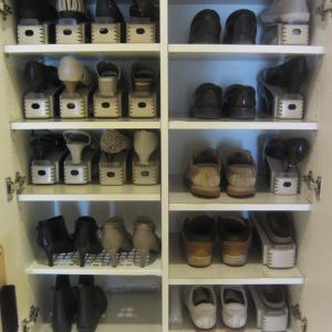 【ビフォーアフター】ダイソーで靴箱の改善と新しい靴