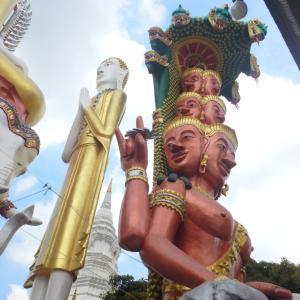 仏像のテーマパーク? ワット・パクナムからほど近いワット・クンチャンの世界観が凄いです!