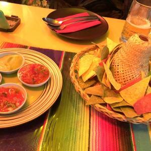 バンコクの風俗街に佇むメキシコ料理屋の話