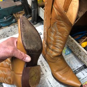 ウェスタンブーツの修理をしました-2  靴修理の文化を守る?