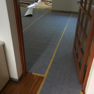 DIY 床を張った話(その3)保護シートといざ床貼り