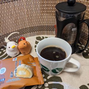 今回のコーヒーはインドネシア(中煎り)~お茶請けは大福~