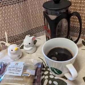 今回のコーヒーはブラジル(深煎り)~お茶請けはチョコクレープ~