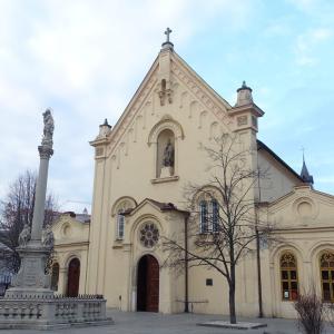 ブラスチラバ 朝の教会巡り。