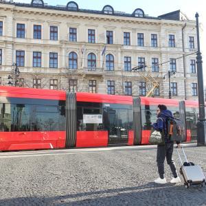 ブラチスラバからウィーンへ。ネットで調べるのも良いけど窓口もね♡