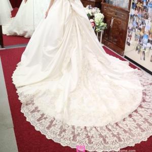 【オーダードレス】ウェディングドレスのオーダー販売専門店、アトリエアン訪問記