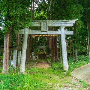 高於磐座神社(大野市木本)