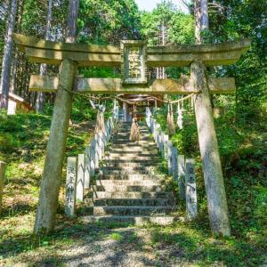 瀧壺神社(大津市仰木町)