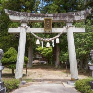 槻本神社(高山市丹生川町山口字月本)