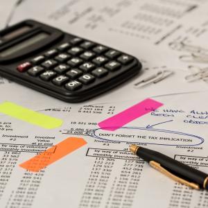 不動産投資をやると、税金の申告ってやらなきゃいけないの?