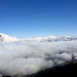 【鳳凰山】2015年4月21〜22日 夜叉神峠から残雪の鳳凰山へ。曇ったので3分の2でガマン…。(テント泊登山)
