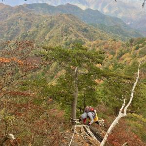 【諏訪山】2016年10月30日 時間切れで手前の三笠山まで! それでもたっぷり岩場は味わえます!《日帰り登山》