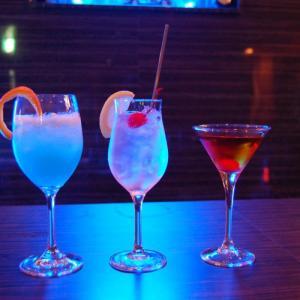 【飲み会を乗り切れ!】会社とかの飲み会で何を飲めばいい?新社会人・20歳を迎えた人向けにおすすめのお酒、カクテルを紹介!