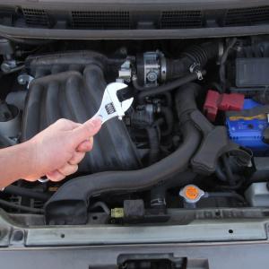 【これで解決】車のエンジンが掛からない時の解決手順を症状別に複数紹介!!